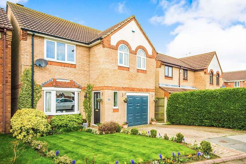 4 Bedrooms Detached House for sale in Parkland Walk, Blaxton, Doncaster, DN9
