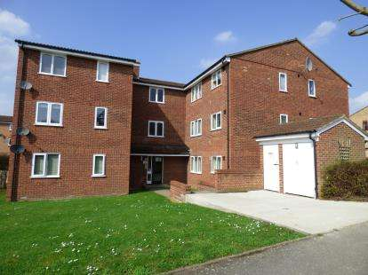 1 Bedroom Flat for sale in Hornchurch, Essex