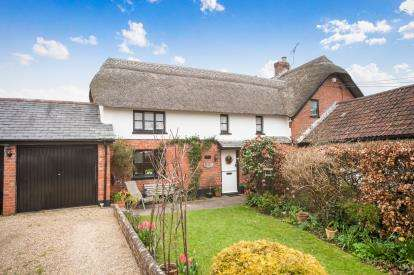 3 Bedrooms Semi Detached House for sale in Otterton, Budleigh Salterton, Devon