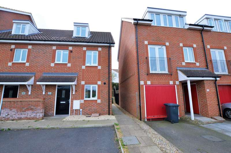3 Bedrooms Town House for sale in Southalls Way, North City