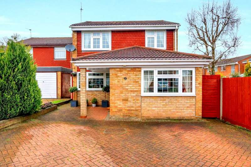 4 Bedrooms Detached House for sale in EXTENDED/DOUBLE BEDROOMS CUL DE SAC LOCATION In Perry Green, HP2
