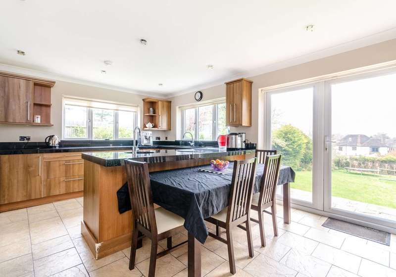5 Bedrooms House for sale in Cameron Road, Bromley, BR2
