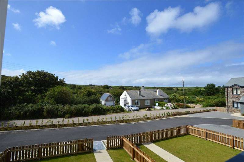3 Bedrooms Detached House for sale in 18 The Carracks, Halestown, St Ives, Cornwall