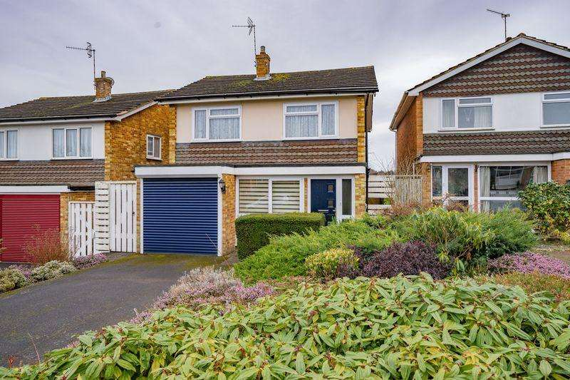 3 Bedrooms Detached House for sale in Dunstan Grove, Tunbridge Wells