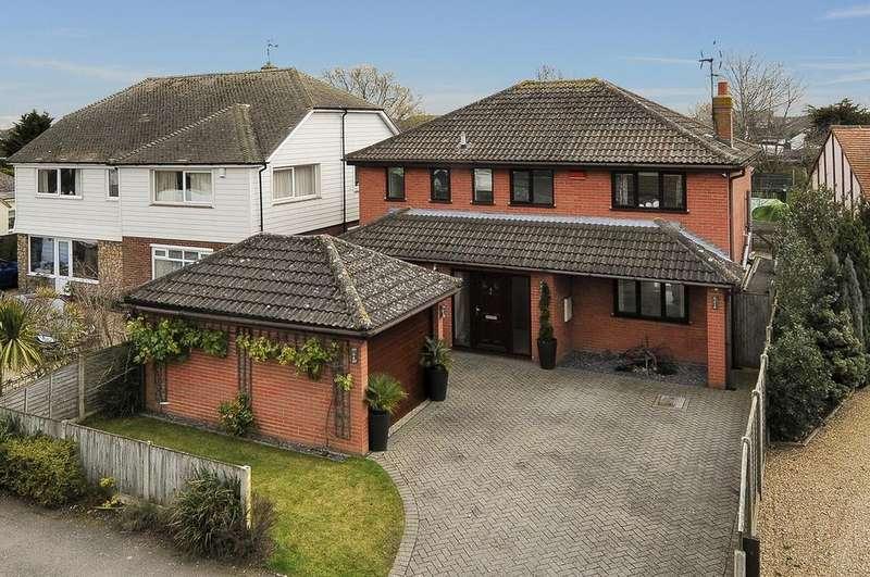 4 Bedrooms Detached House for sale in Hunters Forstal Road, Broomfield, Herne Bay, Kent