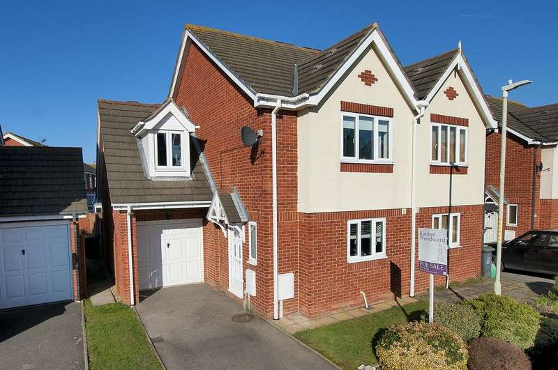 3 Bedrooms Semi Detached House for sale in Oyster Close, Herne Bay, Kent