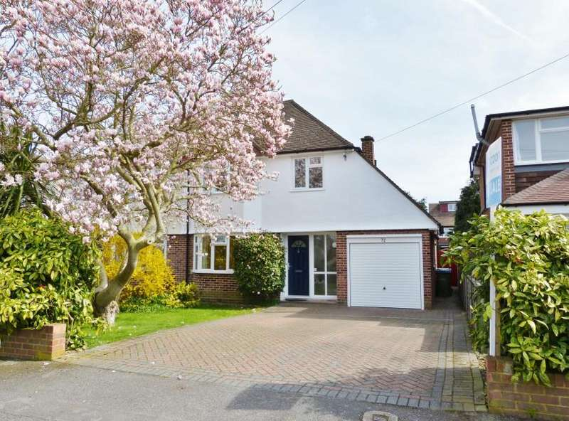 3 Bedrooms Semi Detached House for sale in York Gardens, Walton on Thames
