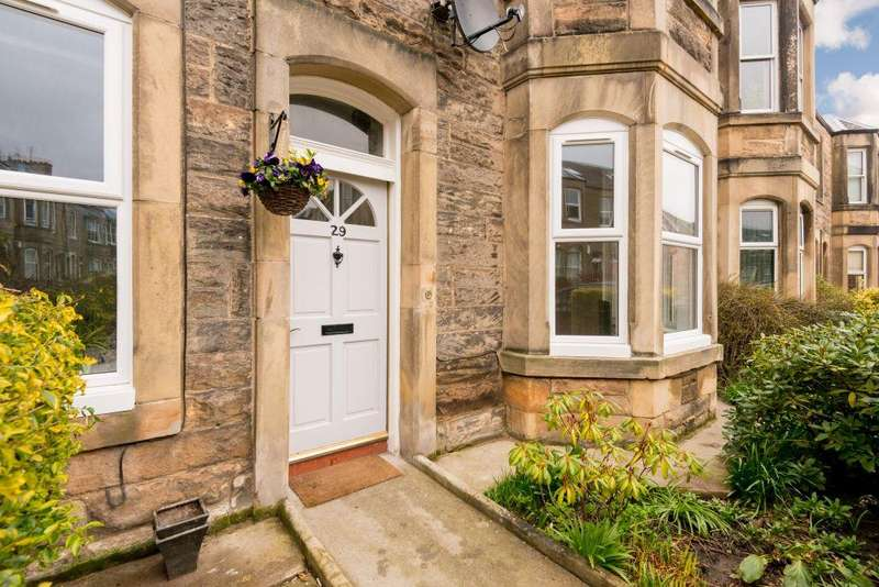 2 Bedrooms Ground Flat for sale in 29 Ryehill Terrace, Edinburgh, EH6 8EN