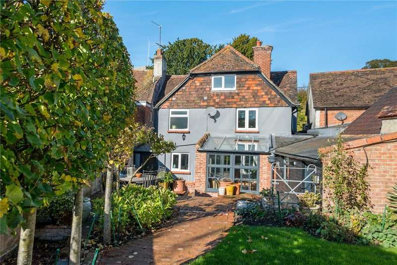 4 Bedrooms Terraced House for sale in Church Street, Amesbury, Salisbury