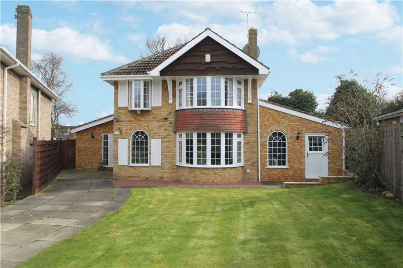 5 Bedrooms Detached House for sale in THE MANOR BEECHES, DUNNINGTON, YORK, YO19 5PX