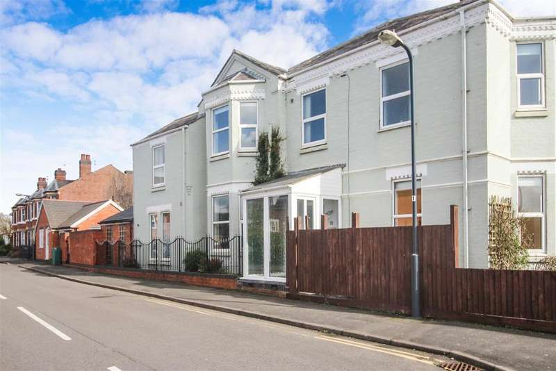 3 Bedrooms End Of Terrace House for sale in Rugby Road, Cubbington, Leamington Spa