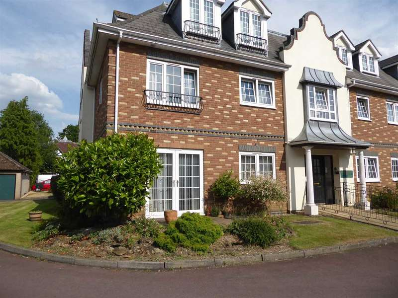 1 Bedroom Retirement Property for sale in Cumberland Lodge, Pegasus Court, Park Lane, Reading