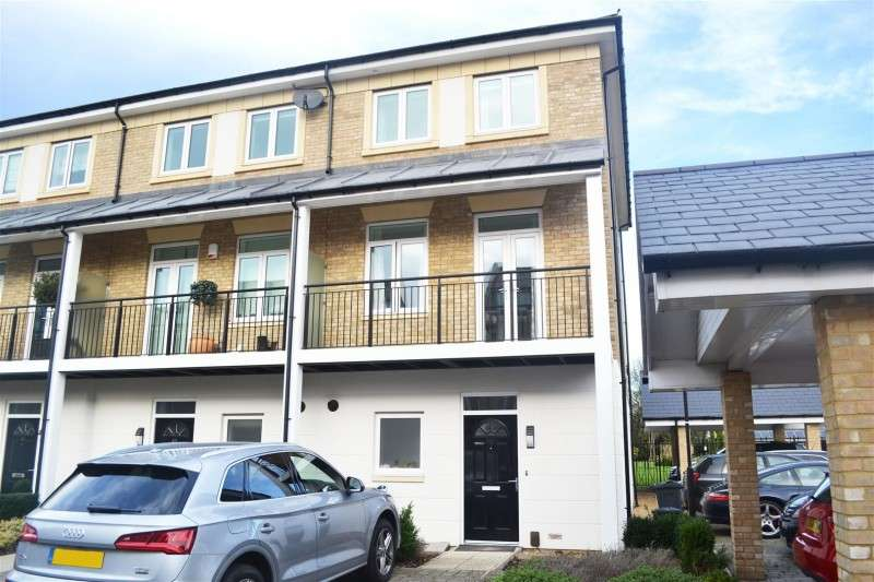 4 Bedrooms Property for sale in Marbaix Gardens, Osterley