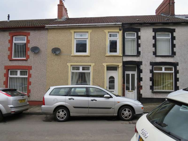 3 Bedrooms Terraced House for sale in Cwrt Coch Street, Aberbargoed, Bargoed