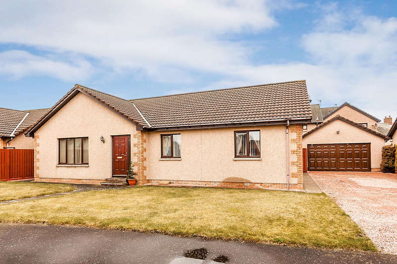 3 Bedrooms Bungalow for sale in Charleton Park, Montrose, DD10