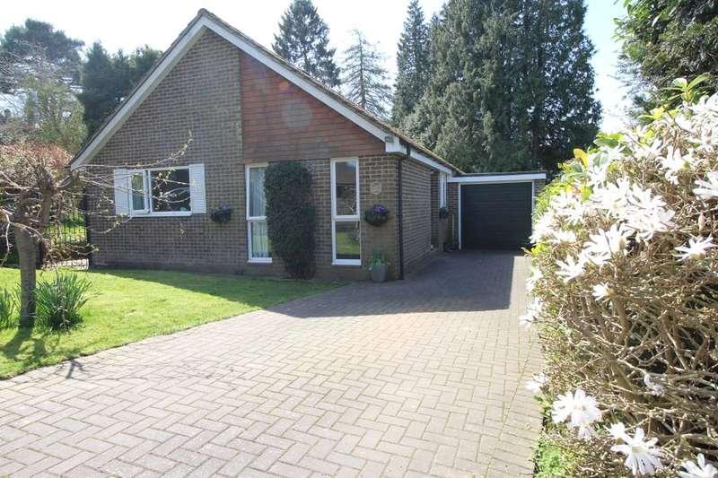 2 Bedrooms Detached Bungalow for sale in Fairview Lane, Crowborough, TN6
