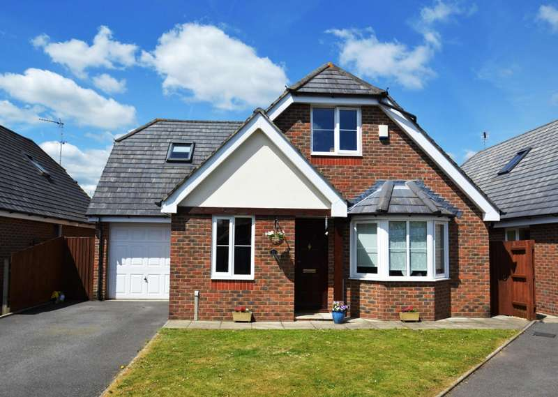4 Bedrooms Bungalow for sale in Ringwood