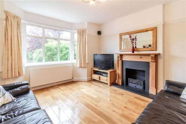 5 Bedrooms Detached House for sale in The Cloisters, Rickmansworth, Hertfordshire, WD3