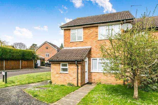 3 Bedrooms End Of Terrace House for sale in Godalming, Surrey, .