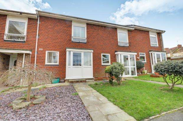 2 Bedrooms Terraced House for sale in Worcester Park, Surrey