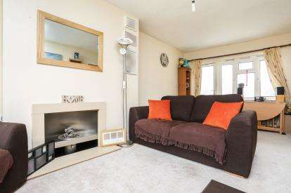 2 Bedrooms Maisonette Flat for sale in Clopton Road, Birmingham, West Midlands