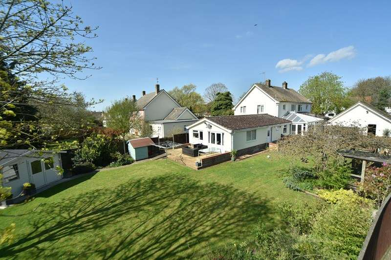 4 Bedrooms Semi Detached House for sale in The Green, Tuddenham, Bury St. Edmunds