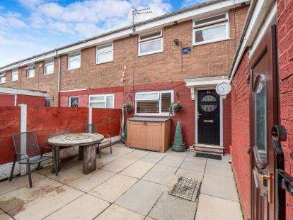4 Bedrooms Terraced House for sale in Withycombe Place, Salford