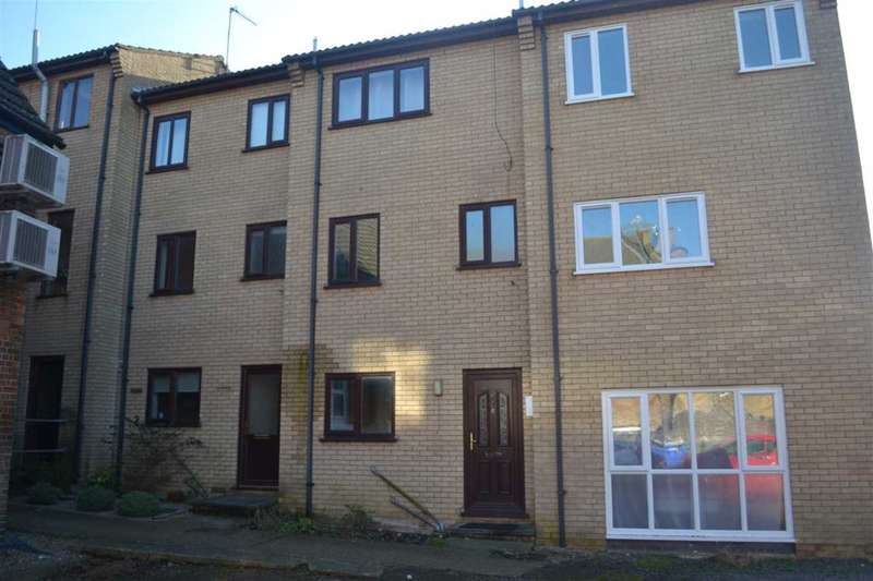 2 Bedrooms Maisonette Flat for sale in CHAPEL STREET, MARCH - CASH BUYERS ONLY!!!
