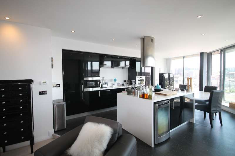2 Bedrooms Apartment Flat for sale in Hurst Street Docklands L1