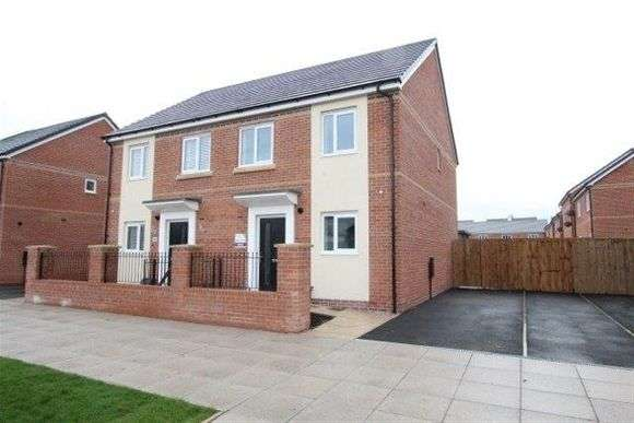 3 Bedrooms Semi Detached House for rent in Kemp Avenue, The Parks, Anfield, Liverpool