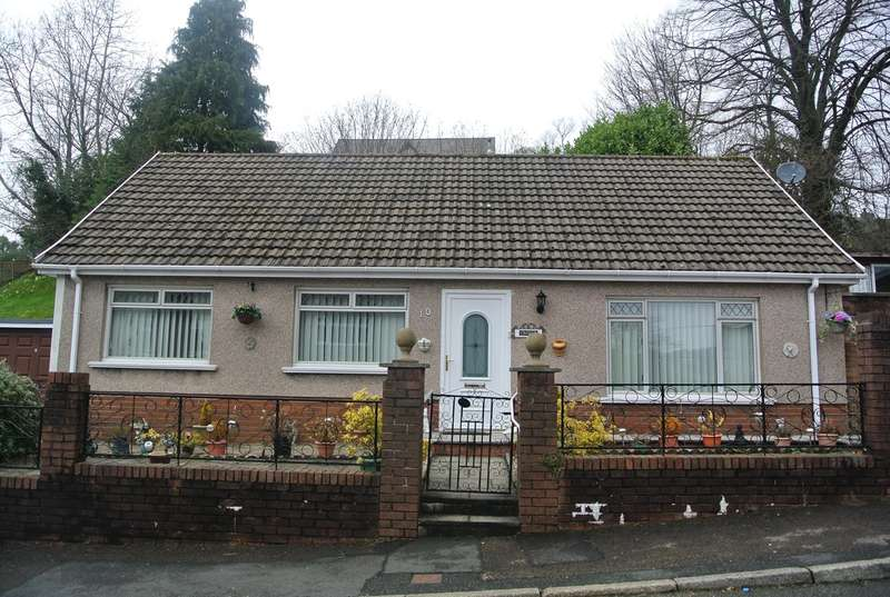 3 Bedrooms Detached Bungalow for sale in Park Gardens, Blaenavon, Pontypool, NP4