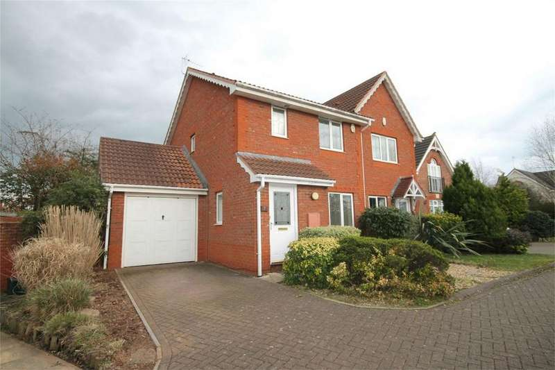3 Bedrooms Semi Detached House for sale in Westons Brake, Emersons Green, Bristol