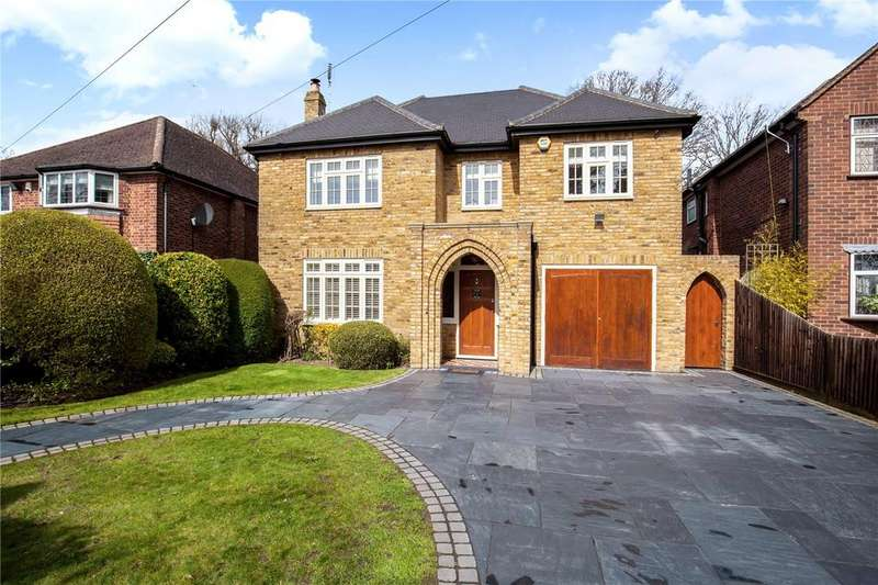 6 Bedrooms Detached House for sale in Park Avenue, Ruislip, Middlesex, HA4