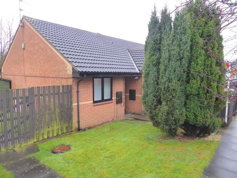 2 Bedrooms Terraced Bungalow for sale in Ashby View, Bramley