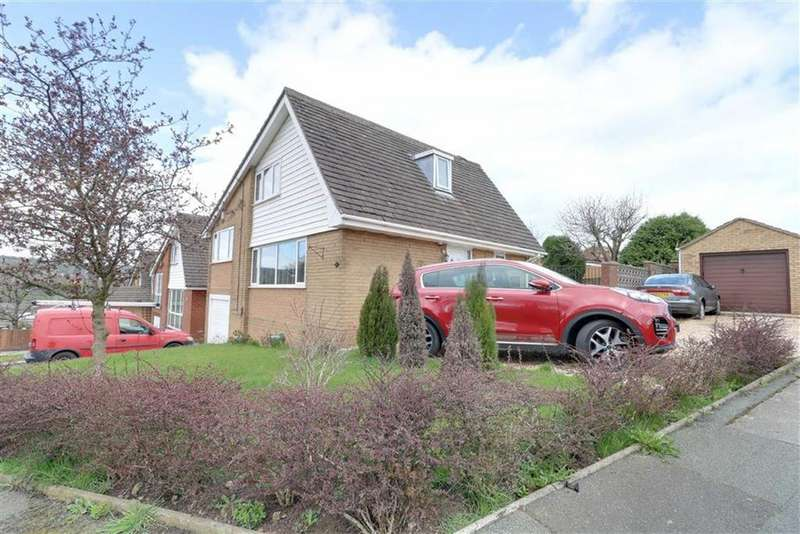 3 Bedrooms Detached House for sale in Thames Drive, Biddulph, Stoke-on-Trent