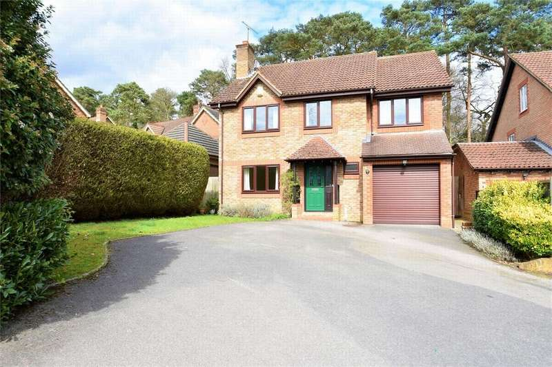 4 Bedrooms Detached House for sale in Knights Way, CAMBERLEY, Surrey
