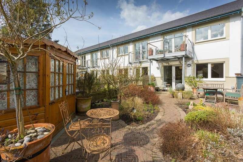 3 Bedrooms Terraced House for sale in 35 Mill Lane, Halton, Lancaster LA2 6ND