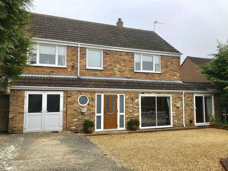 5 Bedrooms Detached House for sale in Hamilton Road High Wycombe