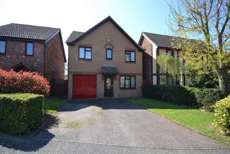 4 Bedrooms Detached House for sale in Gill Close, Heybridge, Maldon, CM9
