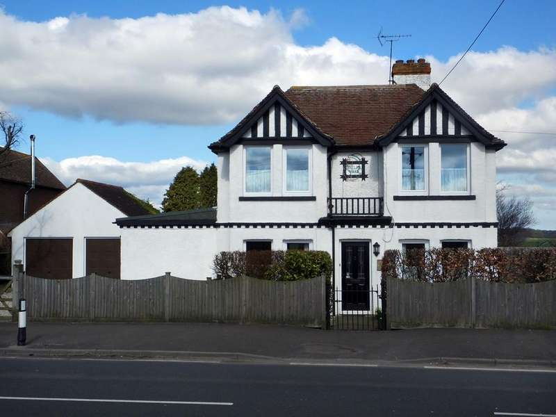 4 Bedrooms Unique Property for sale in New Dover Road, Capel Le Ferne, Dover , CT18
