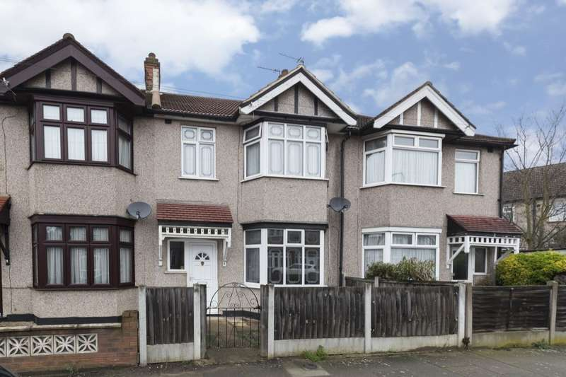 3 Bedrooms Property for sale in Arthur Road, Chadwell Heath, Romford, RM6