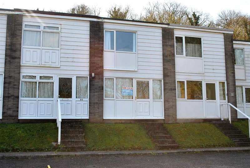 2 Bedrooms Terraced House for sale in 87 Freshwater Bay Holiday Village