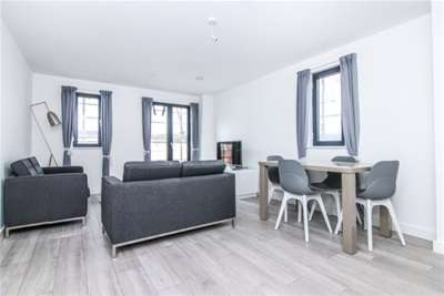 2 Bedrooms Flat for rent in Parliament Residence L8 5RW