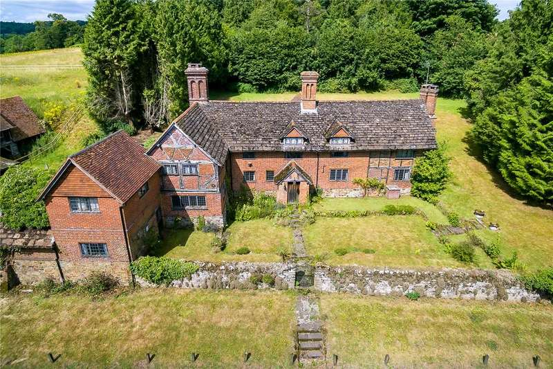 5 Bedrooms Detached House for sale in Old Hatch Farm, Dorking Road, Abinger Hammer, Surrey