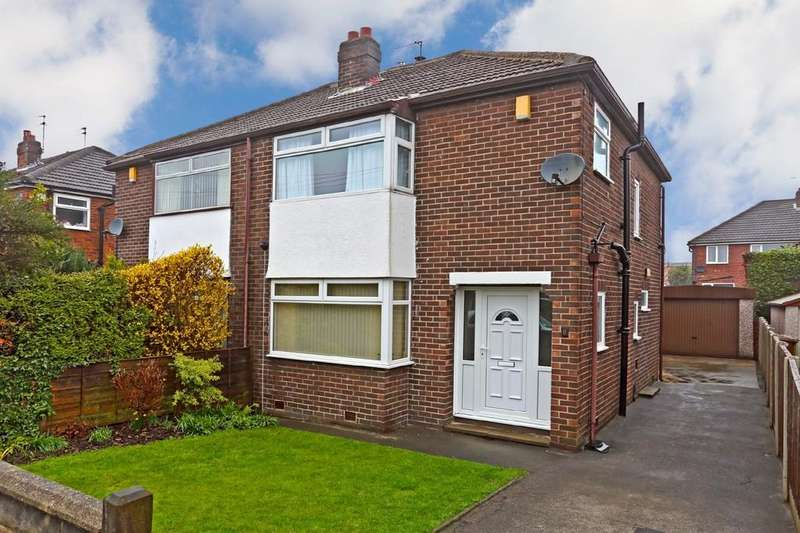 3 Bedrooms Semi Detached House for sale in Kingsley Avenue, Outwood
