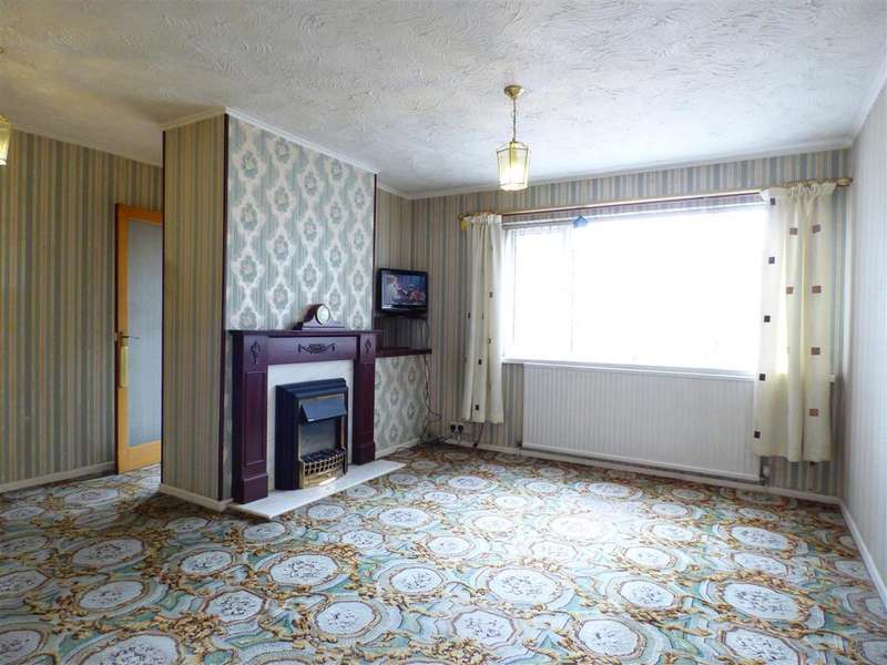 3 Bedrooms Semi Detached House for sale in Beech Court, Castleford
