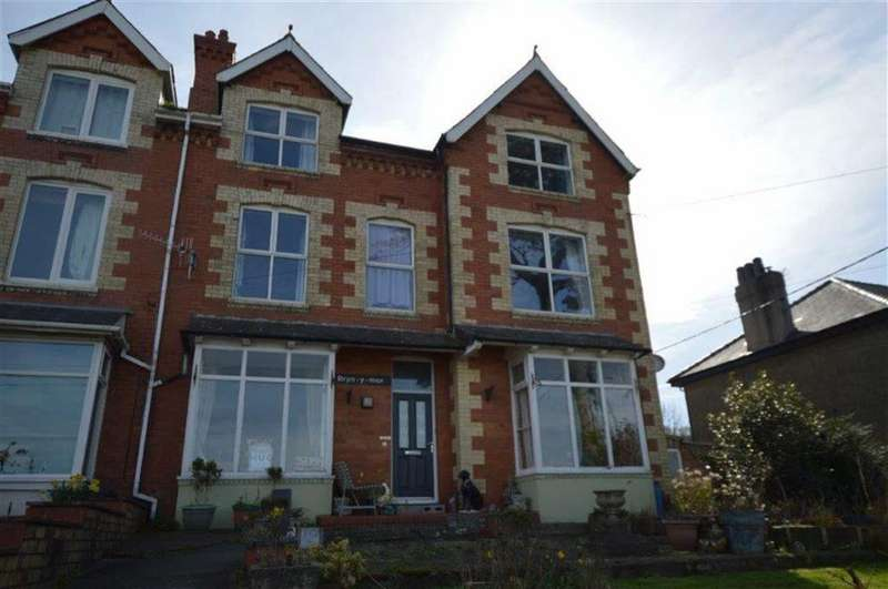 7 Bedrooms Semi Detached House for sale in Bryn Y Mor, Llwyngwril, Gwynedd, LL37