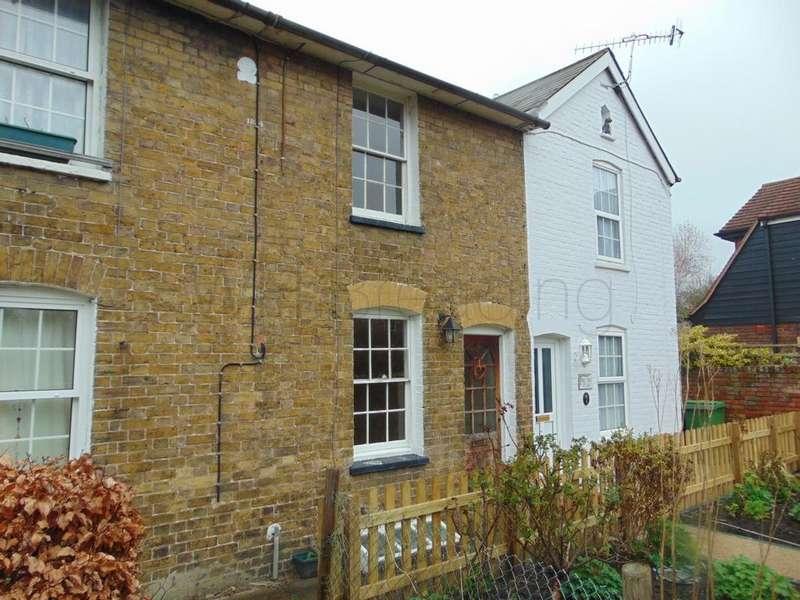 2 Bedrooms Terraced House for rent in Nelson Gardens, Faversham, ME13