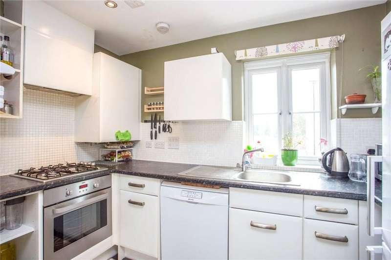 2 Bedrooms Maisonette Flat for sale in Dodd Road, Watford, Hertfordshire, WD24
