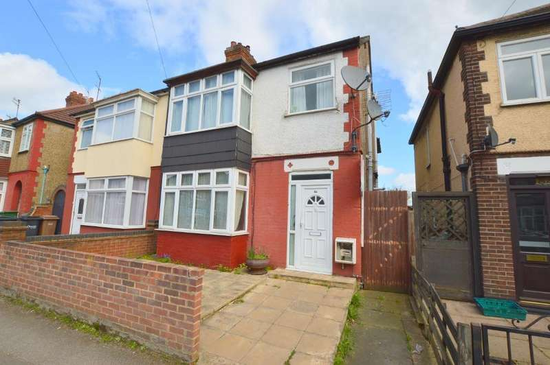 4 Bedrooms Semi Detached House for sale in Stockingstone Road, Luton, LU2 7NF